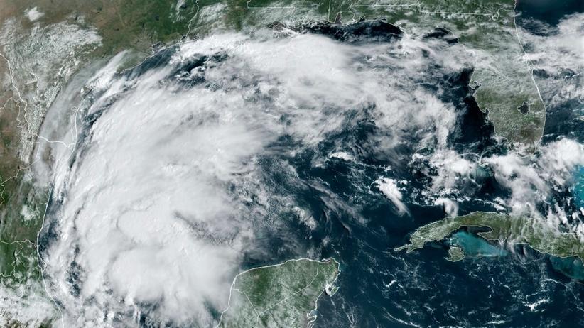 burza tropicalna nicholas