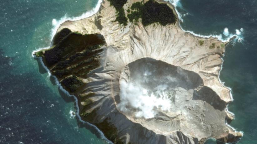 """Tragiczny bilans erupcji wulkanu. """"Nie ma oznak życia"""" na wyspie White"""