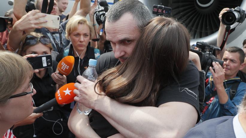 Ołeh Sencow na wolności. Ukraina i Rosja dokonały wymiany więźniów