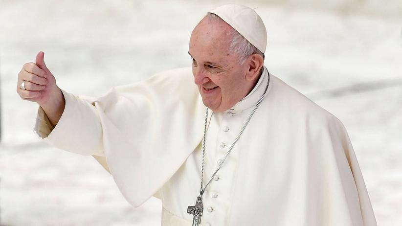 Papież Franciszek poparł związki partnerskie