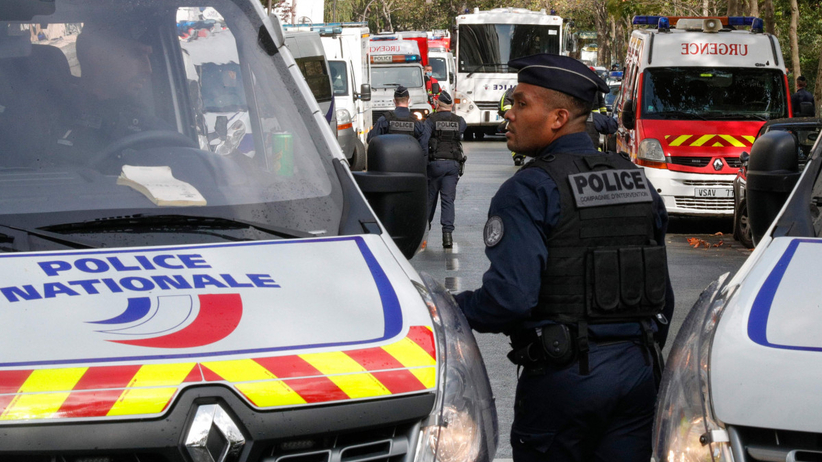 Atak nożownika w Paryżu, nie żyje 5 osób