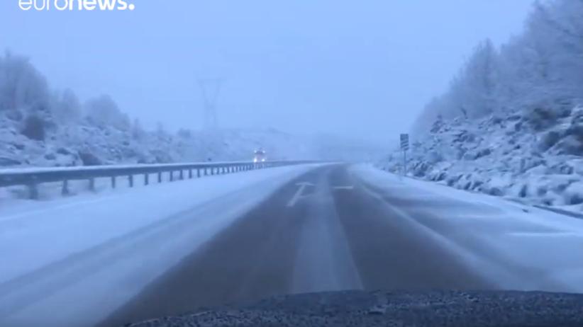 Zima w Hiszpanii. Spadło 5 centymetrów białego puchu