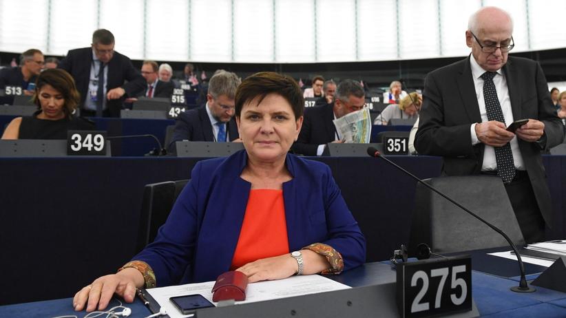 Szydło kandydatką na szefową komisji zatrudnienia i spraw socjalnych PE