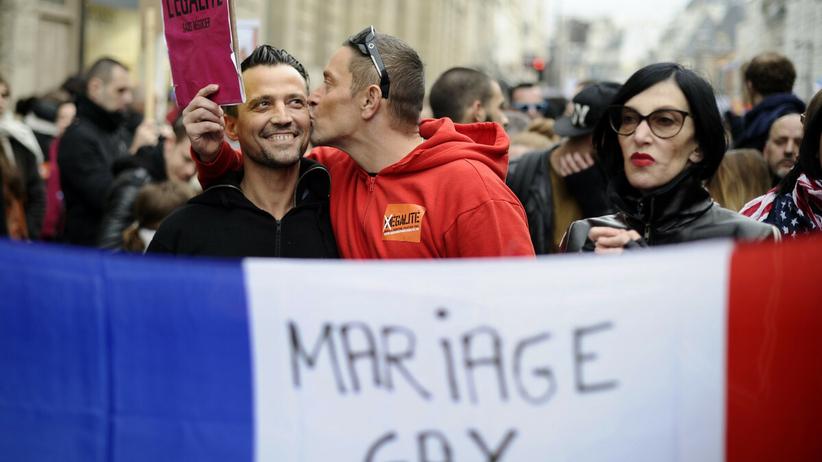 PE za uznaniem małżeństw jednopłciowych w całej UE