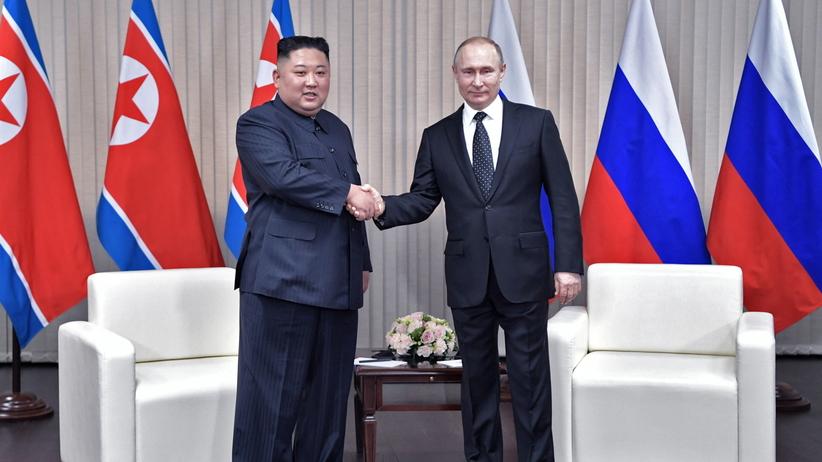 Spotkanie Putina i Kim Dzong Una. Trwają rozmowy o sytuacji na Półwyspie Koreańskim