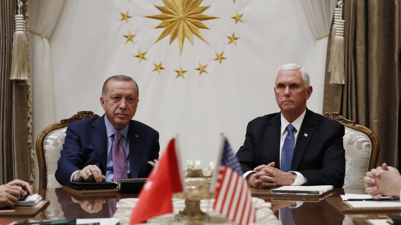 Turcja zawiesza broń w Syrii