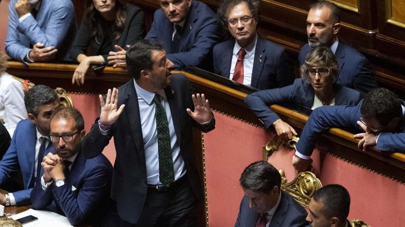Kryzys we włoskim rządzie. Premier składa dymisję