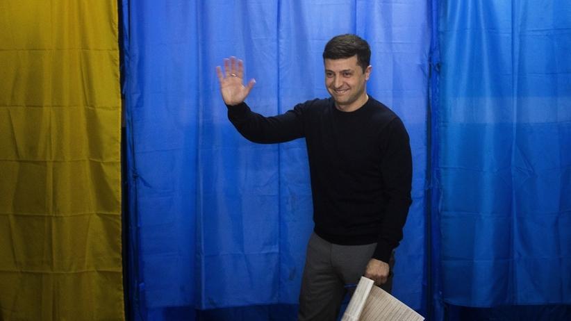 Komik zostanie prezydentem Ukrainy? Wołodymyr Zełenski wygrywa w pierwszej turze