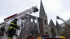 Pożar zabytkowego kościoła. Spalone cenne witraże, akcja ratunkowa na miejscu