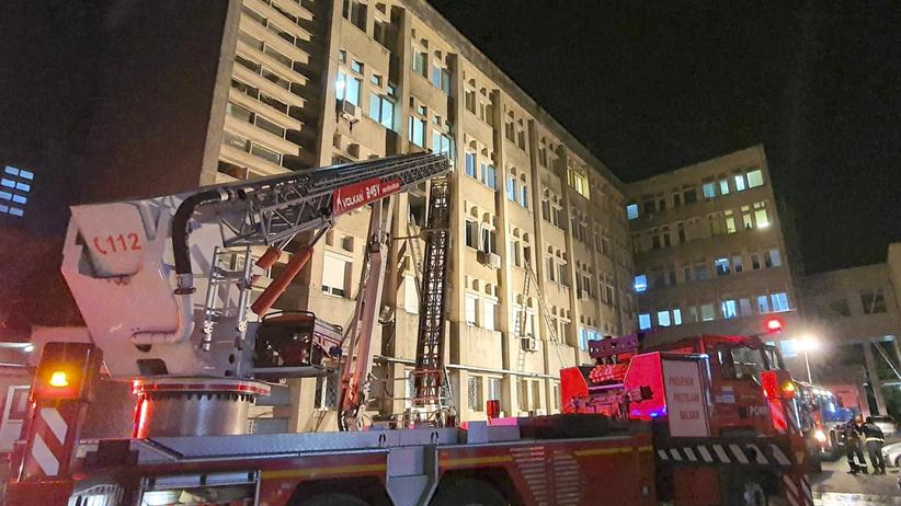 Pożar szpitala, zginęli chorzy na Covid-19