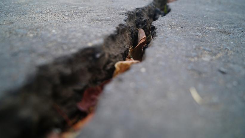 Silne trzęsienie ziemi w Albanii. Uszkodzone domy