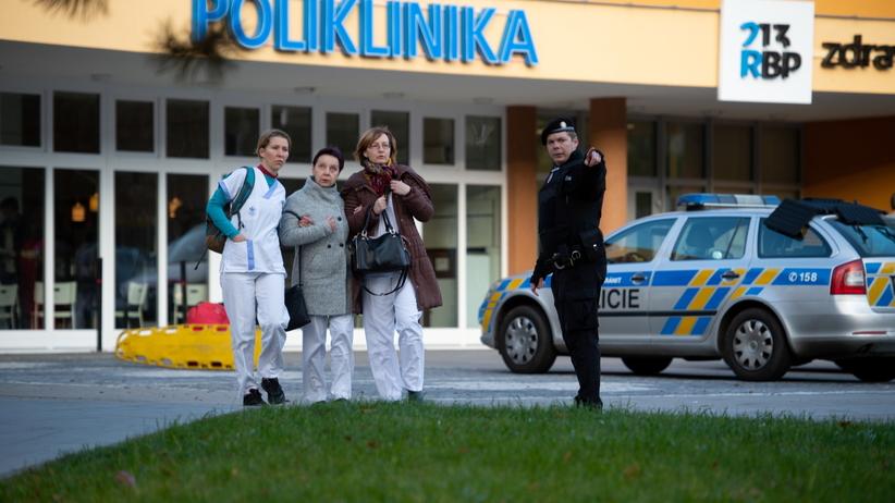 Strzelanina w Ostrawie. Policja publikuje zdjęcie podejrzanego. Może być w drodze do Polski