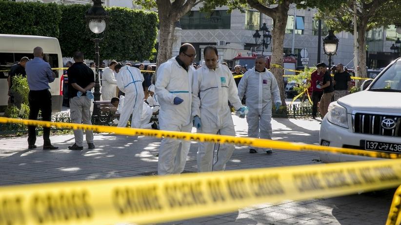 Dwa samobójcze ataki, jeden przed europejską ambasadą. Nie żyje jedna osoba