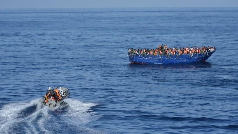 Zatonęła łódź z imigrantami. Kilkadziesiąt osób zaginionych