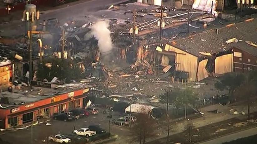 Kolosalny wybuch w fabryce. 2 osoby nie żyją, zniszczone domy w promieniu 20 km