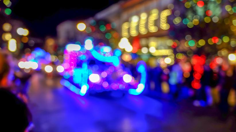 Dramat podczas pochodu świątecznego. Nie żyje 7-letnie dziecko