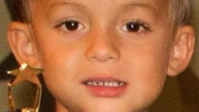 USA. Gwałcili 6-letniego syna kijem, wyrywali zęby szczypcami. Dziecko nie żyje