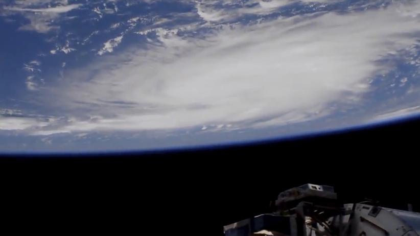 Floryda zabezpiecza się przed huraganem. Potężny żywioł zbliża się do wybrzeża