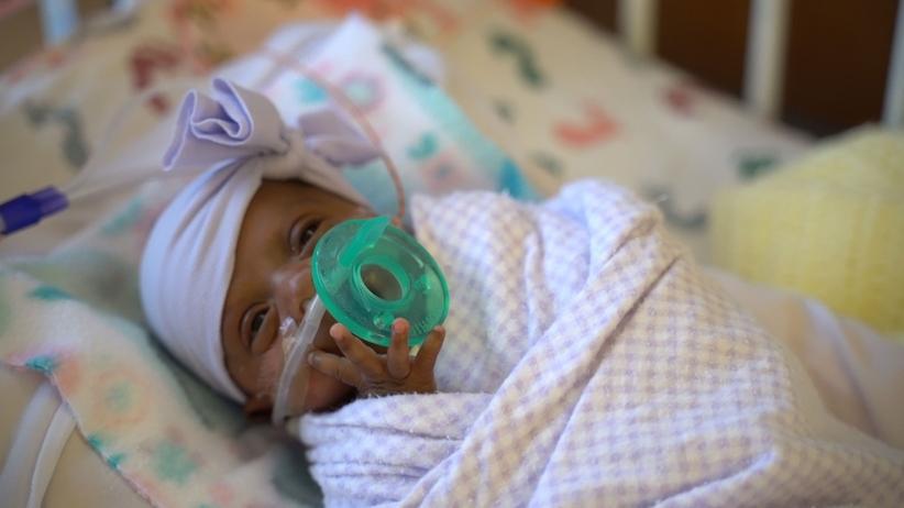 Na świat przyszło najmniejsze dziecko w historii