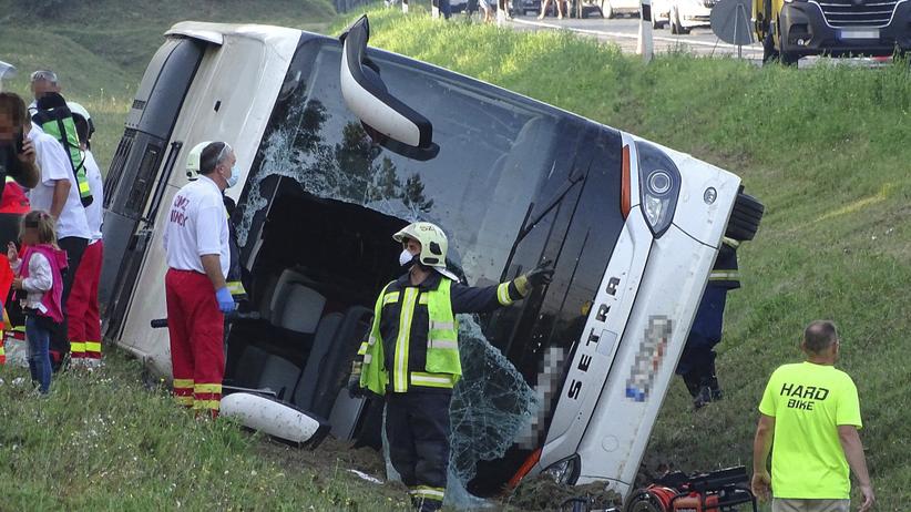 Węgry wypadek polskiego autokaru