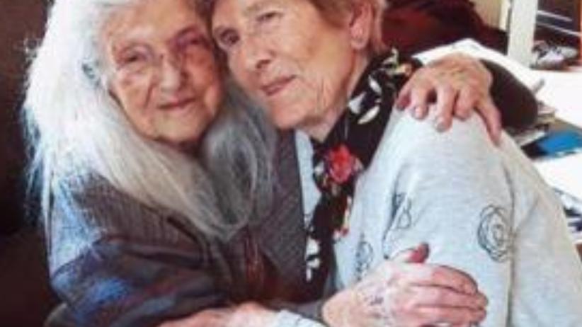 81-latka poznała swoją 103-letnią matkę. Szukała jej od 62 lat