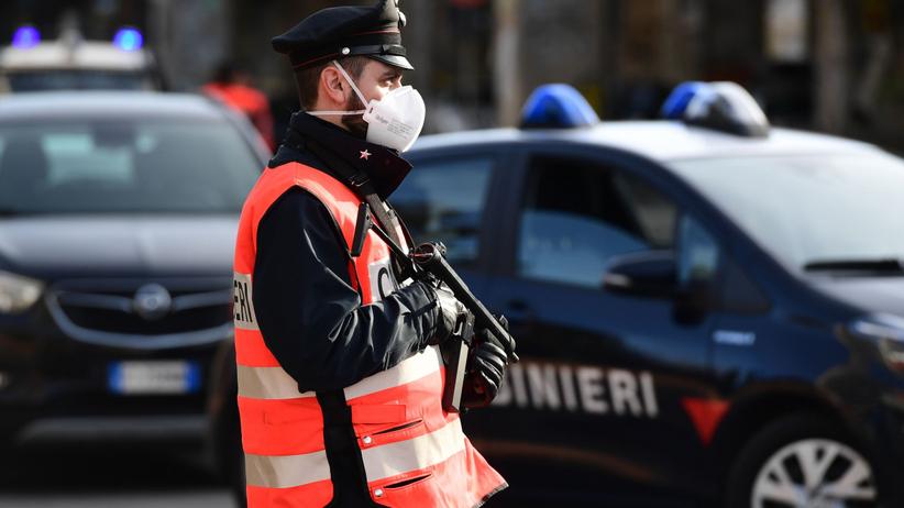 Zwłoki Polki w mieszkaniu w Rzymie. Wokół ślady krwi, drzwi zamknięte od środka
