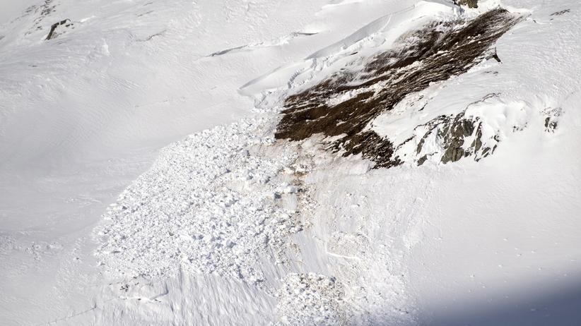 Tragedia na stoku narciarskim. Nie żyje kilka osób, w tym 7-letnie dziecko