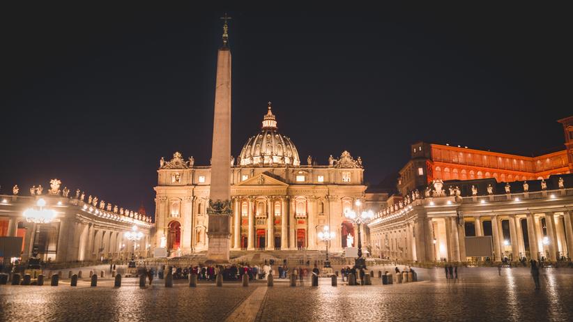 31-letni Polak przyleciał na audiencję papieża. Trafił do więzienia