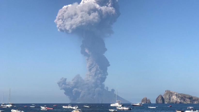 Włochy. Wybuch wulkanu na Stromboli k. Sycylii. Nie żyje jedna osoba [ZDJĘCIA, WIDEO]