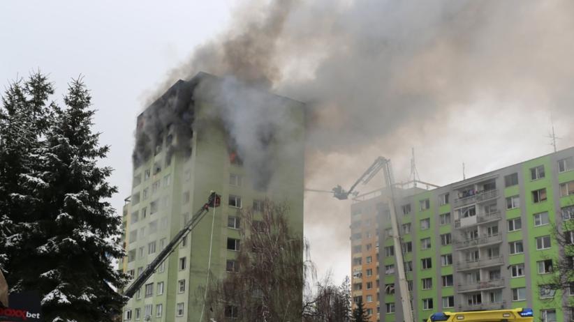 Wybuch gazu w 12-piętrowym bloku na Słowacji. Mężczyzna wyskoczył z płonącego budynku