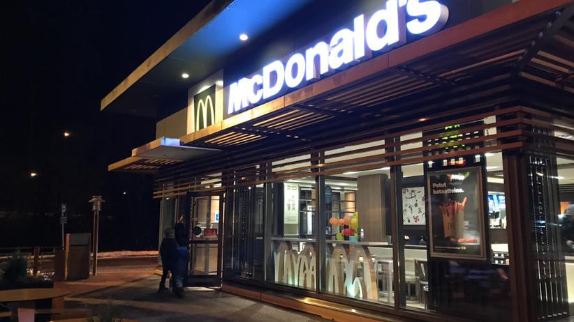 wypadek przed mcdonalds