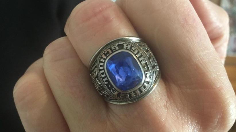 zaginiony pierścień