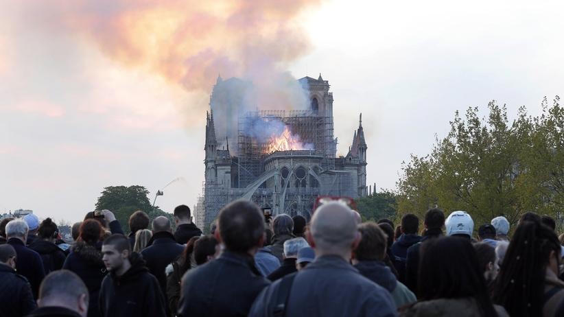 """""""Kolosalne szkody"""" w Notre Dame. Według prognoz, nie da się jej uratować"""